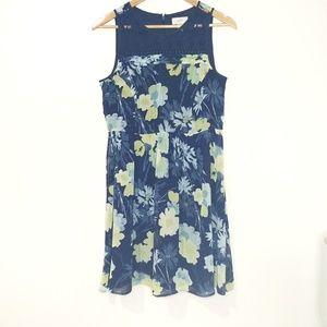 LOFT Floral and Lace Dress Size 4